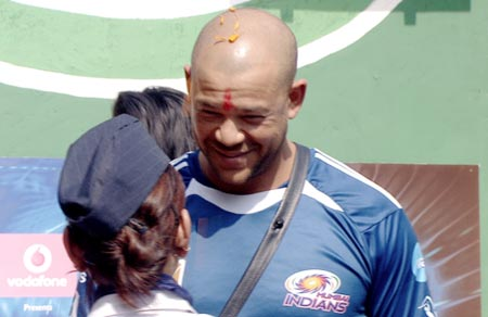 andrew symonds on bigg boss photo