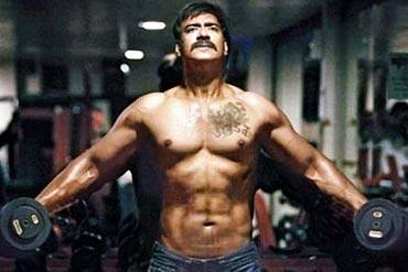 Bollywood heros body in year 2011 and so being salman khan ajay devgn singham body altavistaventures Gallery